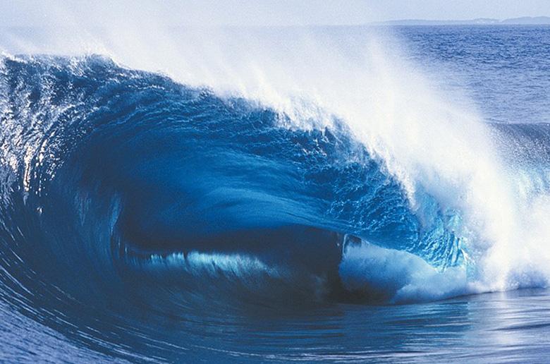 Как получаются идеальные волны для серфинга