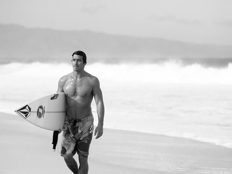 Маркус Хикман (Marcus Hickman) Именно так должен выглядеть серфер с Южного Берега. Ну, или профессиональный боксёр. Или медведь.