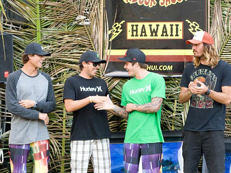 Эван Вальери, Джоэл Сентео (Joel Centeio),Кекоа Казимеро (Kekoa Cazimero) и Аамион Гудвин Команда Hurley заняла 4-е место в общем зачете.