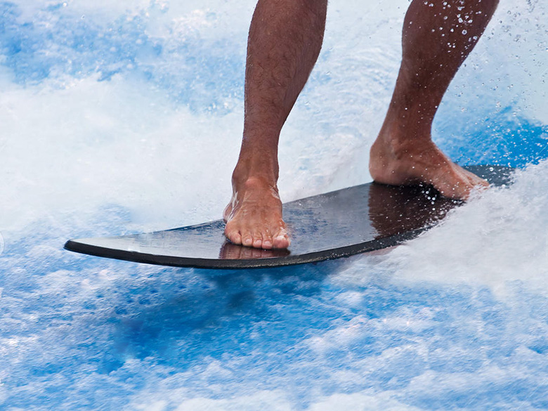27_feet-surfing-black-board-13537743