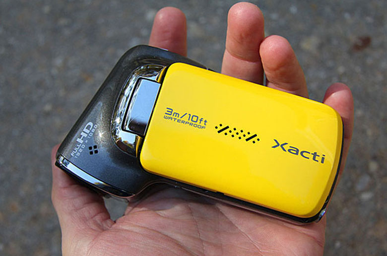 Обзор цифровой видеокамеры SANYO XACTI