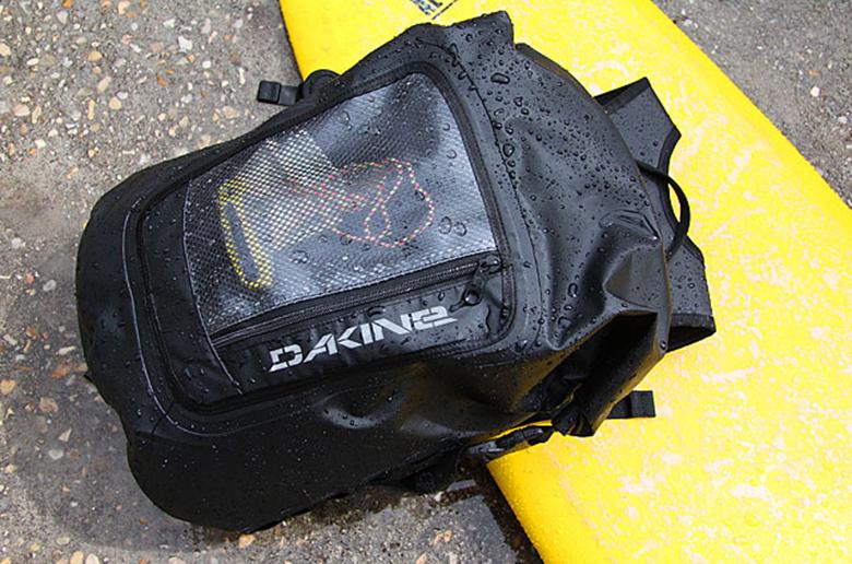Обзор водонепроницаемого рюкзака Dakine Cyclone Roll Top