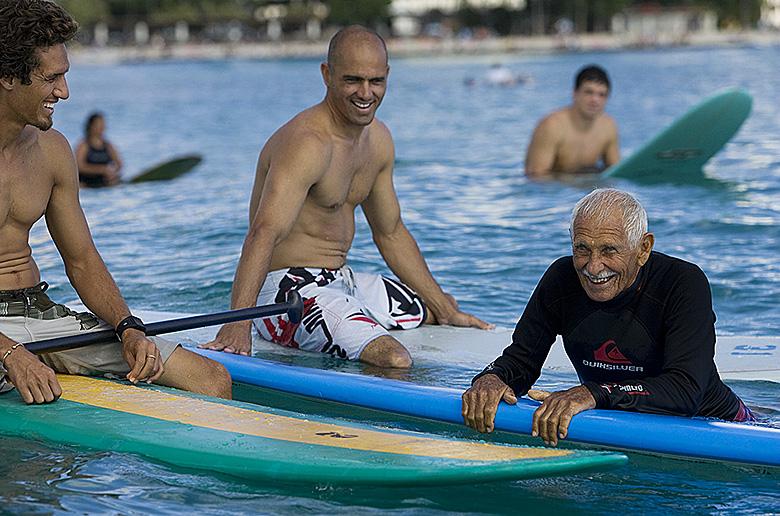 Как серфить, когда Вам за 90?