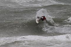 Бино Лопес побеждает в бразильском ASP 2-Star Billabong Surf Eco Festival