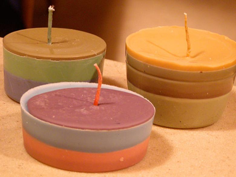 Здорово, если они окажутся похожи на вкусные кексы. Вы можете использовать более толстый фитиль, чем эти, или два, три фитиля вместе.