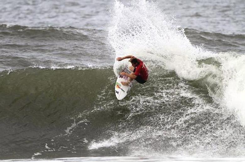 Коннер Коффин победил на ASP 2-Star NorthShore Surf Shop Pro Junior в Pipeline
