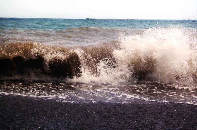 Школа выживания серфера: грязная вода