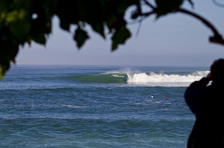 Иэн Крэйн и Моана Джонс победили в North Shore Surf Shop Pro Junior