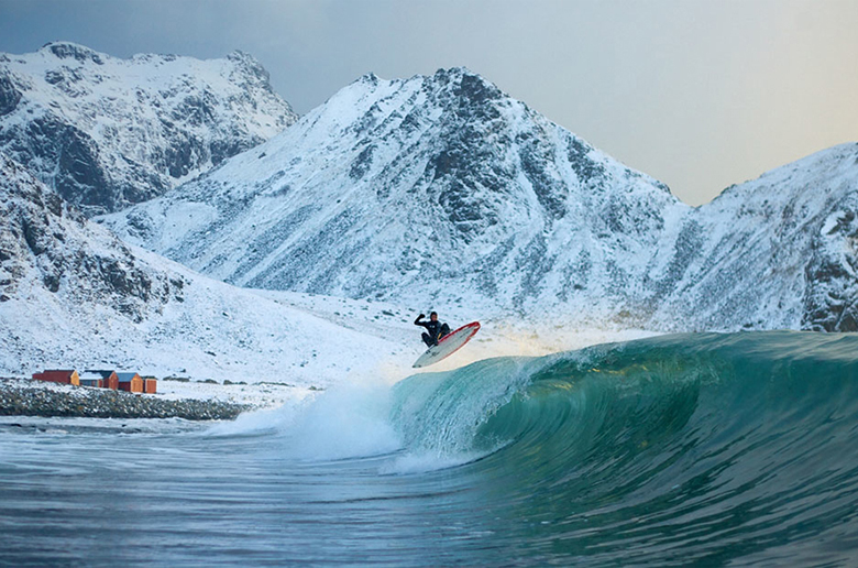 Показ Surfing in Siberia