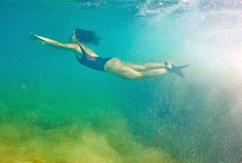 Невероятные фото из-под кромки воды