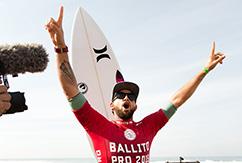 Мунис завоевывает титул чемпиона Ballito Pro