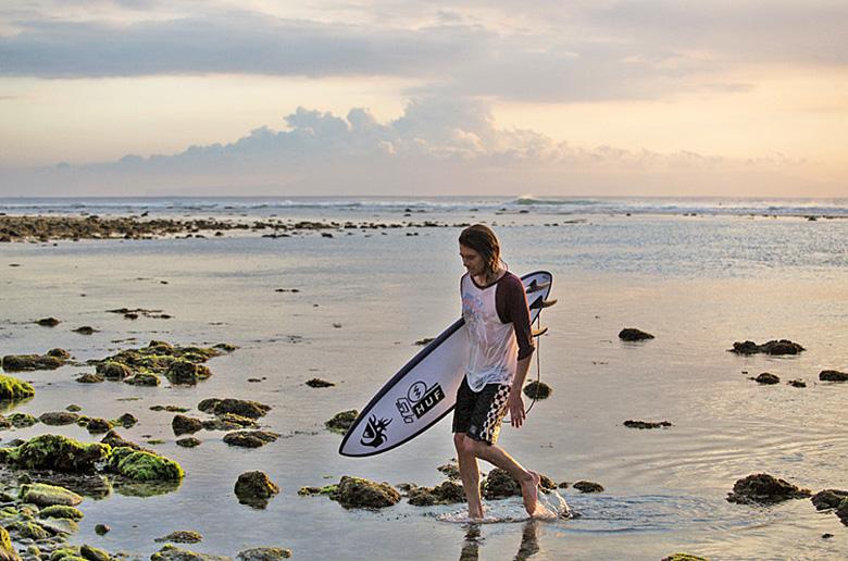 Hypto Krypto стал австралийским  сёрф-бордом года