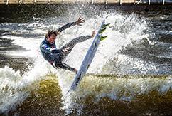 Историческая веха: Алби Лэйер выиграл первое соревнование Red Bull Unleashed
