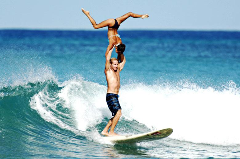Серфинг в тандеме вместо сеанса психотерапии