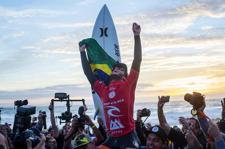 Толедо побеждает на этапе Moche Rip Curl Pro Portugal