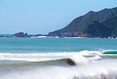 Невероятные приключения сёрферов в Японии