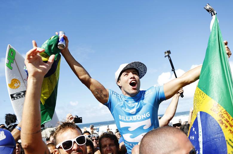 Адриано де Соуза завоевал первый мировой чемпионский титул