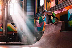 Заброшенная церковь превратилась в скейт-парк