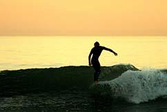 Кристиан Вах: серфинг, живопись и… недвижимость